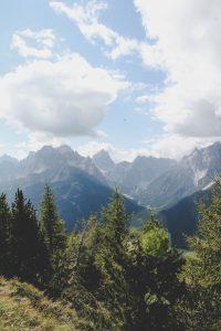 Die Aussicht von der Spitze des Berg Helm in Sexten, Dolomiten