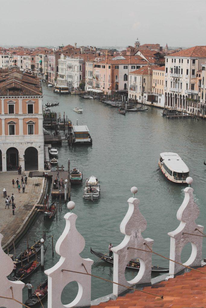 Aussicht vom Kaufhaus in Venedig