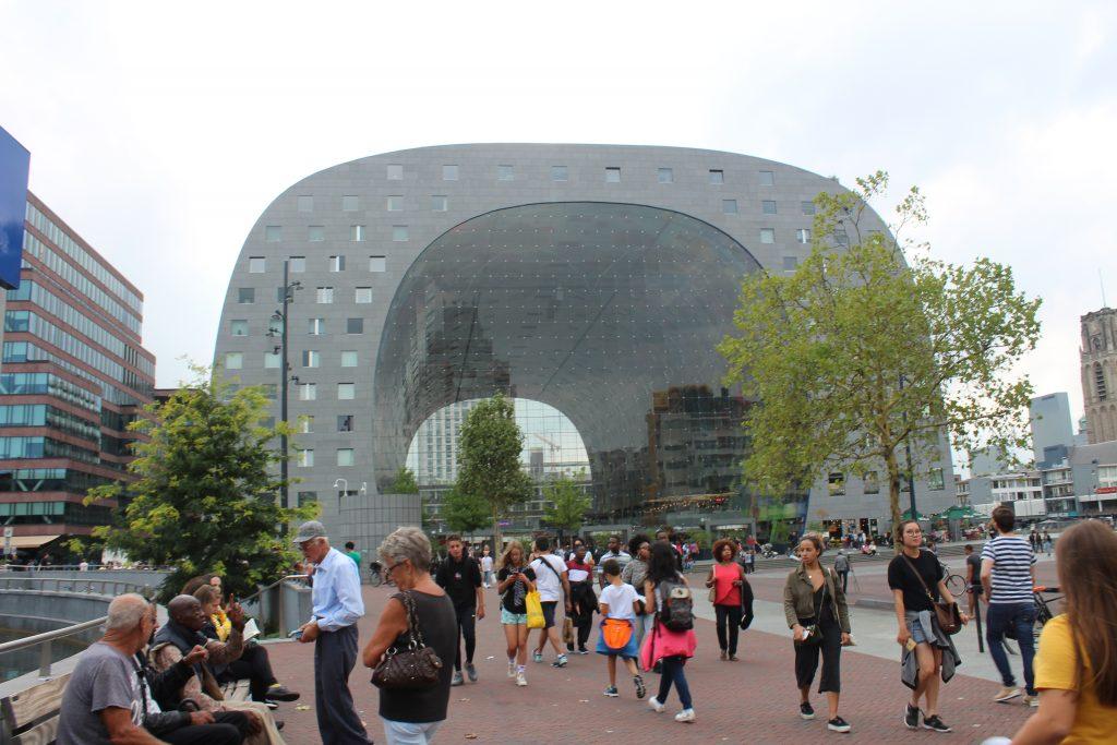 Die Markthal in Rotterdam
